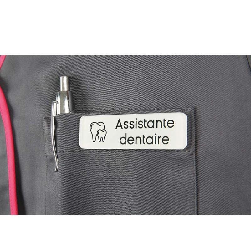 Dès 9,90€ - Optez pour Badge magnétique d'Assistante dentaire - Ad...