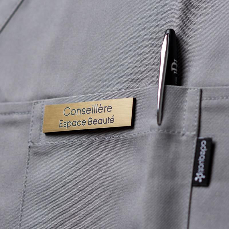 Dès 9,90€ - Optez pour Badge magnétique de conseillère beauté - Or